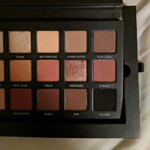 Makeup - Lawless palette